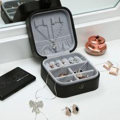 Kleine Schmuckbox Suitcase, Swatch, Boxes, Crates, Suitcases, Box, Cubbies, Pattern, Boxing
