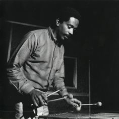 Bobby Hutcherson at Blue Note recording session - pic by F. Wolff