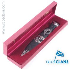 Elliot Clan Crest Sgian Dubh. Free worldwide shipping available.