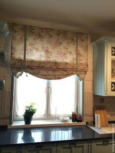 Купить или заказать Римские шторы для  №26 в интернет-магазине на Ярмарке Мастеров. Римские шторы на кухне-это хорошее решение для сохранения пространства в помещении, а так же доступ к окну без препятствий. Данная модель шторы подходит для интерьера любого стиля, как классического так и для современной классики.