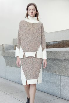 Crochet skirt pattern for women winter New Ideas Knitwear Fashion, Knit Fashion, Crochet Skirt Pattern, Angora, Knitting Designs, Knit Patterns, Pulls, Knit Dress, Ideias Fashion