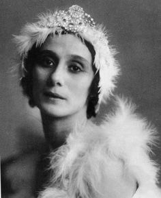 Anna Pavlova Portrait (cygne)