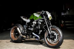 Goodwood BMW R1200R, by VTR Customs. Edgy, aggressive & compact style with a very slim tail end.