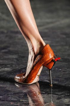 Prada Spring 2012 Ready-to-Wear - Details - Gallery - Look 25 - Style.com