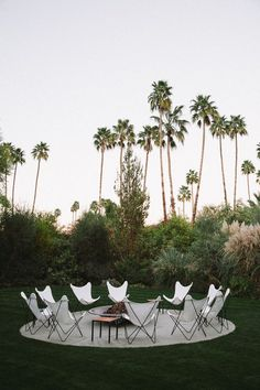 What's better then butterfly chairs? How about having them outside around a firepit. #Goals