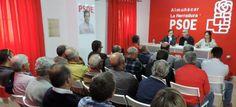 El Consejero de Medioambiente reunido con los regantes de Almuñécar y La Herradura en la sede del PSOE