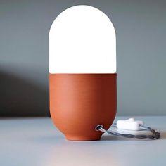 The beautifully simple Duo Table Lamp by Hand & Eye Studio Repost // @shanxingstudio #lamp #design #interior #decor #interiordesign #homedecor #furnituredesign #productdesign #instadesign #iconiclighting
