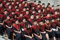 A Műszaki Kar július 7-én megrendezett diplomaosztó ünnepségén készült fotó.
