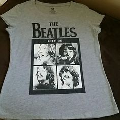 Beatles T Shirt I wore this T shirt 3 times. Laundered in cold water, no dryer.  Fits like a large. Great condition. Tops Tees - Short Sleeve