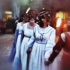 @erika_0_#igersferrara #carnevalerinascimentale #comunediferrara #carnevale #ferrara #igersemiliaromagna #ilikeitaly #igersitalia #maschere #picoftheday #rinascife2014