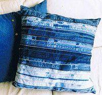 idea adolescente de estar con almohadas de reciclado costuras azules de la mezclilla