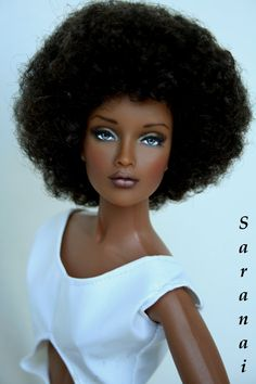 4 Natural Hair Black Doll Companies That Boost Black Girls' Self-Esteem - Black Hair OMG! 4 Natural Hair Black Doll Companies That Boost Black Girls' Self-Esteem Pretty Dolls, Beautiful Dolls, Art Mannequin, Diva Dolls, African American Dolls, My Black Is Beautiful, Barbie Collection, Barbie World, Barbie Life