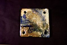 Ceramic raku.Tiles Intriguing and unique artifacts, forged one by one, made in limitless shapes and colours. They may be used to decorate edges, terminals, niches, decors, depending on the client's desire. www.forgiatoredielementi.it ... Mattonelle Incantevoli pezzi unici, forgiati a mano uno ad uno, di misure, colori e forme illimitate, da inserire come bordi, terminali, nicchie, decorazioni, a fantasia del cliente…in ceramica raku