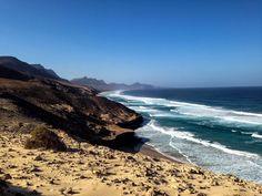 "Robert on Twitter: ""Punta de Playa Larga - Playa Barlovento and Cofete - #Fuerteventura #lovecanarias https://t.co/SOXvgrk88n"""