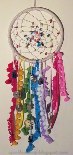 happy hippy rainbow dreamcatcher by emu on craftster i love this she did