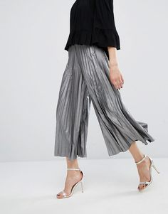 Image 4 of True Decadence Tall Pleated Awkward Length Culotte