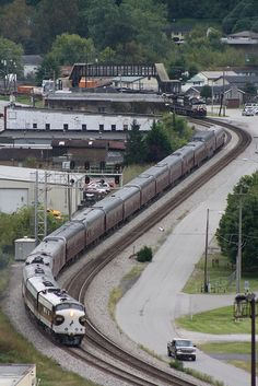 Norfolk Southern, Heritage F-7 and Passenger Train