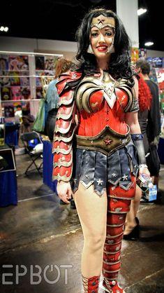 Beautiful Wonder Woman (EPBOT: Tampa Bay Comic-Con 2014, Pt 1)