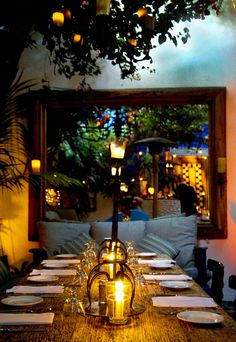 The West Hollywood restaurant The Little Door has the perfect cozy Mediterranean–inspired dining areas and lush courtyard for a romantic treat. Read on for more restaurant recommendations for a luxurious night.