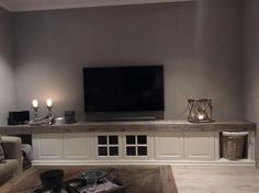 Fin tv-benk Flat Screen, Tv, House, Furniture, Home Decor, Blood Plasma, Homemade Home Decor, Television Set, Tvs