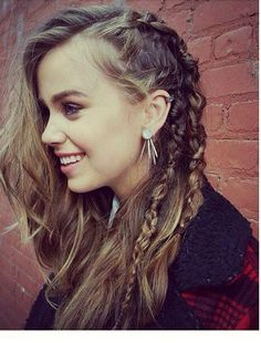 Love the side part and braids