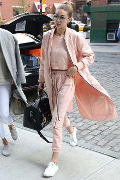 Gigi Hadid en total look sport