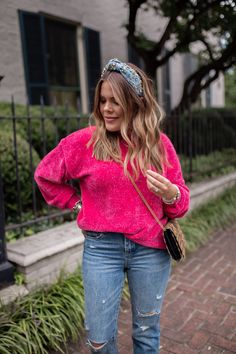 Under $50 Sweater for Fall / Fall outfit inspo via Glitter & Gingham / Ft. H&M, Lele Sadoughi, Nordstrom, Marc Fisher Bookshelf Styling, Bookshelves, Bookcase, Gingham, Fall Fashion Outfits, Autumn Fashion, Whats In My Makeup Bag, Makeup Routine, Autumn Inspiration