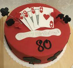 Heute feiert ein Skat Fan seinen 80. Geburtstag! Dafür gab es dann die passende Torte mit den Spielkarten! Ich wünsche alles Gute!!! #fondant #cake #skat #torte #playingcardscake