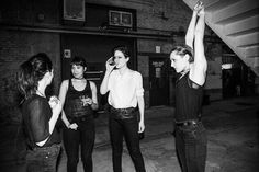 14 days to @savagesband #savagesband #adorelifetour (foto not by me)