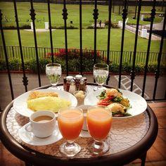 A little breakfast overlooking the golf practice facilities.