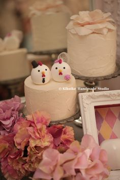 love chicken MochiEgg wedding cake topper