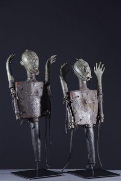 Figures d'autel Ogboni African Masks, African Art, Bronze, Art Tribal, African Sculptures, Art Africain, West Africa, Art And Architecture, Metal Working