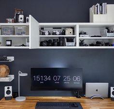 Home Office Setup, Desk Setup, Home Office Desks, Pc Desk, Office Spaces, Home Studio Desk, Home Desk, Best Pc Setup, Minimal Desk