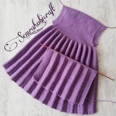 Top Trend Braids 73 Weste Cardigan Booties Faser Schal Strickmodelle - My CMS Knit Baby Dress, Knitted Baby Cardigan, Baby Knitting Patterns, Knitting Designs, Baby Dress Tutorials, Knit Vest Pattern, Baby Outfits Newborn, Baby Sweaters, Knit Crochet