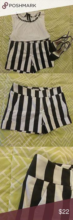 NY&Co Striped Shorts NWOT New York & Company Striped Black and White Shorts. 97% Cotton 3% Spandex. New York & Company Shorts