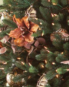 Gramercy Park Ornament Set | Balsam Hill