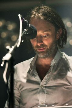 Radiohead Thom Yorke Colin Edwards, Thom Thom, I Dont Belong Here, Beautiful Men, Beautiful People, Thom Yorke Radiohead, Weird Sisters, Wonder Boys, Rock Stars