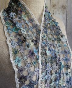 """""""Trellis"""" small linen scarf 