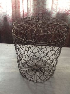 Vintage Cool Lidded Wire Basket Chicken Wire Style