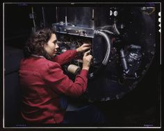 33 Real-Life Rosie the Riveters | Stuff Mom Never Told You