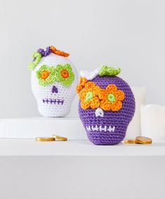 Yarnspirations proudly offers the largest online craft yarn selection including all types of Red Heart Amigurumi Yarn. Shop our collection & buy Red Heart Amigurumi Yarn. Crochet Skull, Crochet Yarn, Crochet Toys, Crochet Things, Amigurumi Doll Pattern, Amigurumi Toys, Sashay Yarn, Scrubby Yarn, Halloween Crochet Patterns