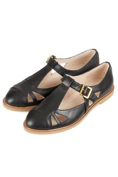 If these Topshop shoes are comfy, I'll need them in every colour they have (black, orange, white) for spring & summer 2013