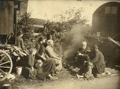 Travelling family by Crafty Dogma, via Flickr