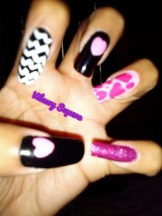 Corazones Lipstick, Nails, Painting, Beauty, Hearts, Finger Nails, Beleza, Ongles, Painting Art