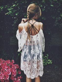 The prettiest Off White Lace Dress