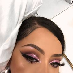 25 Pretty Makeup Looks to Try in 2019 Glam Makeup, Baddie Makeup, Flawless Makeup, Girls Makeup, Gorgeous Makeup, Pretty Makeup, Love Makeup, Skin Makeup, Makeup Inspo
