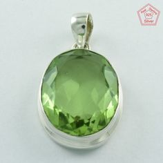 COMFORTABLE !! Quartz Stone Sterling Silver Pendant Jewelry P3263 #SilvexImagesIndiaPvtLtd #Pendant