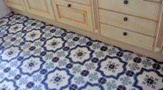 no border,  bleu-motif-carreuax-ciment-cuisine