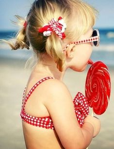 Lollipops and Beach ~ what could be better?