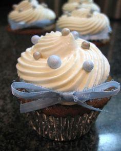 """Black Bottom Vegan Cupcakes   ----""""Nice design. What a wonderful cupcake!"""""""
